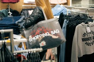 shopping-2163323_1280